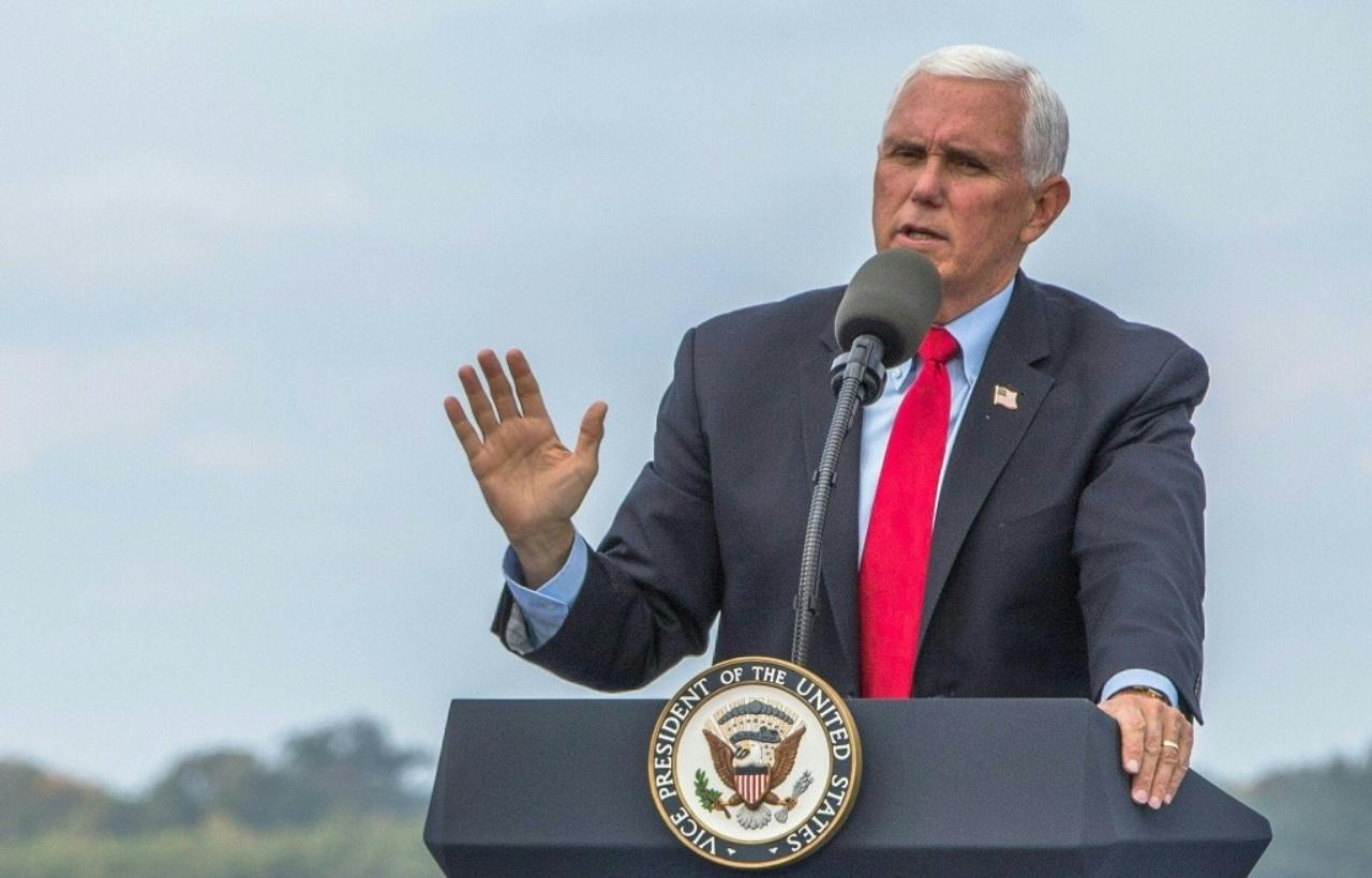 Shining history of Mike Pence, who contested for the Vice President of the United States Dtbezn3nNUxytg04N1N2VqonDh0hHzXMOSJ1FC1eF7zqPa
