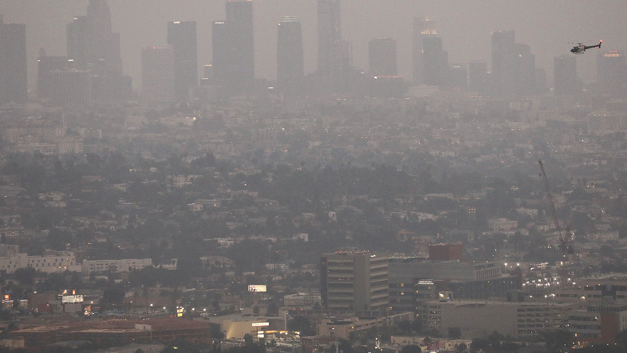 Wild fires in four US coastal cities rank in the top 10 worst weather in the world DFQROr7oWzulq5FZUILwmhcPOukEWPxQVwJhveXiTUEmVP6C4y0zzugGsA17cunFiQ5